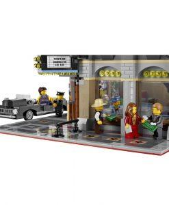 LEGO Palace Cinema detail